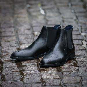 【防水 誠十郎】5月19日(水) 一斉発売 / 革靴に匹敵するクオリティを追求