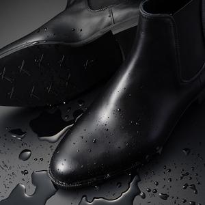 【藤巻百貨店】まるで革靴。かつてないドレッシーレインブーツ