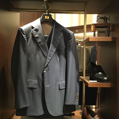 【銀座店】 オリジナルスーツやシャツがお求め安く