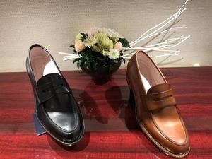 【二子玉川店】カジュアルスタイルにおススメ!レディースローファー入荷。
